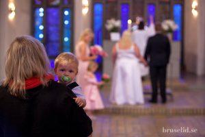 barn på bröllop
